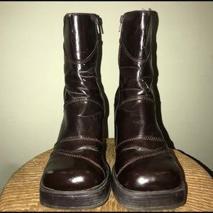 Vintage Deep wined brown chunk healed boot